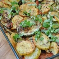 Zapiekane ziemniaki z cukinią i pomidorami