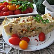 Zapiekanka warstwowa z kurczakiem, makaronem i warzywami
