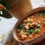 Zupa pomidorowa z zieloną soczewicą