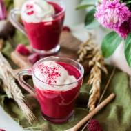 Buraczano-malinowe smoothie z kawą Inka i bitą śmietaną