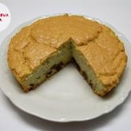 Ciasto jaglano-migdałowe z suszonymi morelami