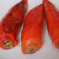 Papryka faszerowana kuskusem i warzywami