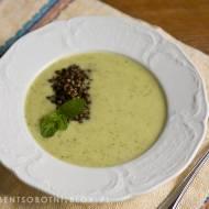 lekka zupa z cukinii z soczewicą