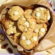 Ciasteczka kokosowo-migdałowe z białą czekoladą (bezglutenowe)