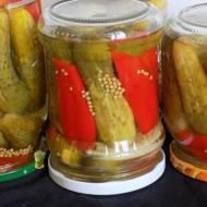 Ogórki konserwowe z papryką