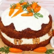 Tort orzechowo-marchewkowy z kremem kokosowym i karmelizowanymi marchewkami (bez laktozy, cukru białego, wegańskie)
