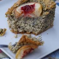 Dziecinnie łatwe ciasto z makiem i nektarynkami