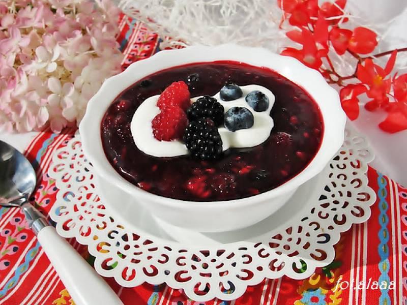 Kisiel domowy z owocami