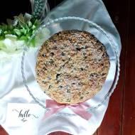 Lekkie ciasto biszkoptowe z borówkami