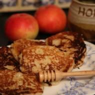 Racuszki z jabłkami i kaszą jaglaną