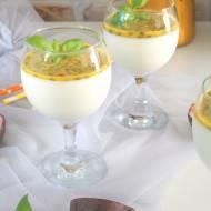 Panna cotta  jogurtowa z marakują