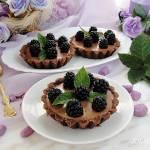 Tartaletki czekoladowe z jeżynami