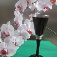 Nalewka z aronii z wiśniową nutą