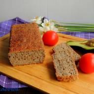 Chleb żytni na dzikich drożdżach z wody zakwasowej marchew, estragon, ziele angielskie