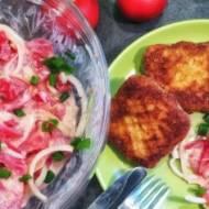 Sałatka z pomidorów – 4 składniki