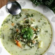 Zupa z jarmużem, fasolką i kaszą jaglaną