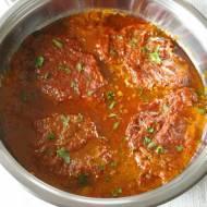 Karkówka w sosie pomidorowym.