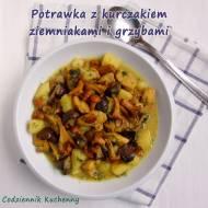 Potrawka z kurczakiem, ziemniakami i grzybami.