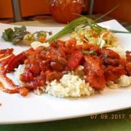 Filety z udek kurczaka z warzywami