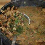 Schab z kurkami w sosie z koperkiem