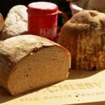 Biały chleb na zakwasie żytnim