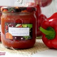Pikantny sos pomidorowo - paprykowy do słoików na zimę