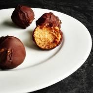 Zdrowe pralinki orzechowe w czekoladzie