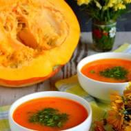 Rozgrzewająca zupa dyniowo-warzywna