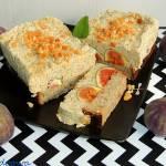 Pasztet na chlebie z serem i figami