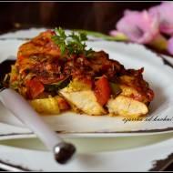 Filet z kurczaka zapiekany w pomidorach