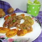 Gęsia wątróbka z kiwi i pieczonymi ziemniakami