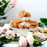 Pełnoziarniste ciasteczka maślane z lawendą i solą morską