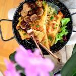 Makaron lasagne z pesto z suszonych pomidorów z pulpecikami z piersi kurczaka