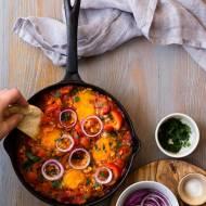 Jak zrobić tradycyjną tunezyjską szakszukę (shakshukę)?