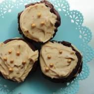 Mini brownie z kremem orzechowym