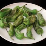 Smażone zielone papryczki (Pimientos verdes fritos)