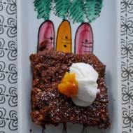 Bezglutenowe  wegańskie ciasto marchewkowe