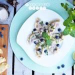 Pierogi z borówkami i serkiem mascarpone