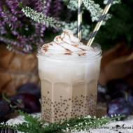 Jesienna bubble coffee z mlekiem