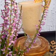 Jabłkowo-gruszkowe smoothie na wodzie kokosowej
