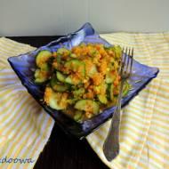 Ogórkowa sałatka z marchewką