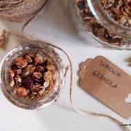 Domowa granola z fistaszkami