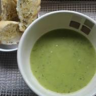 Zupa z cukinii i groszku
