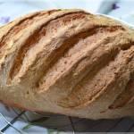 Chleb z pieczonymi ziemniakami i czosnkiem