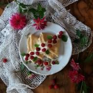 Naleśniki z serem i malinami
