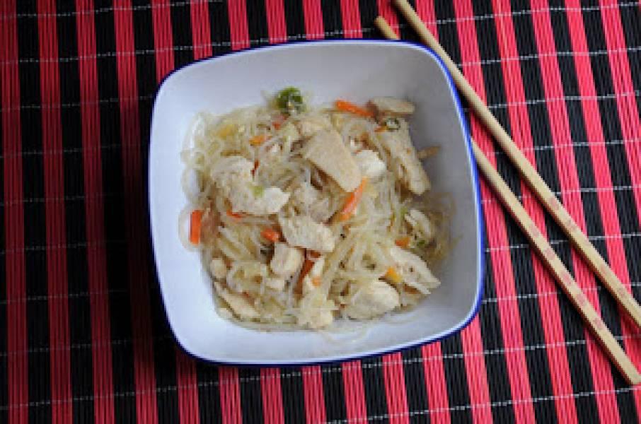 Przepis Na Kurczak Po Chinsku Z Makaronem Z Grochu Kucharka Tarka