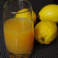 Cytrusowa bomba witaminowa – idealna na przeziębienie