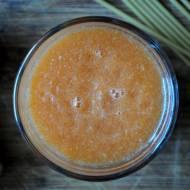 Dietetyczny koktajl marchewkowy z imbirem