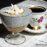 Bezglutenowy deser chia z brzoskwinią i kokosem
