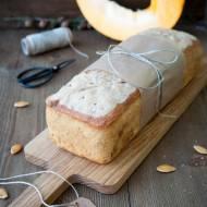 Chleb na zakwasie z dynią i figami
